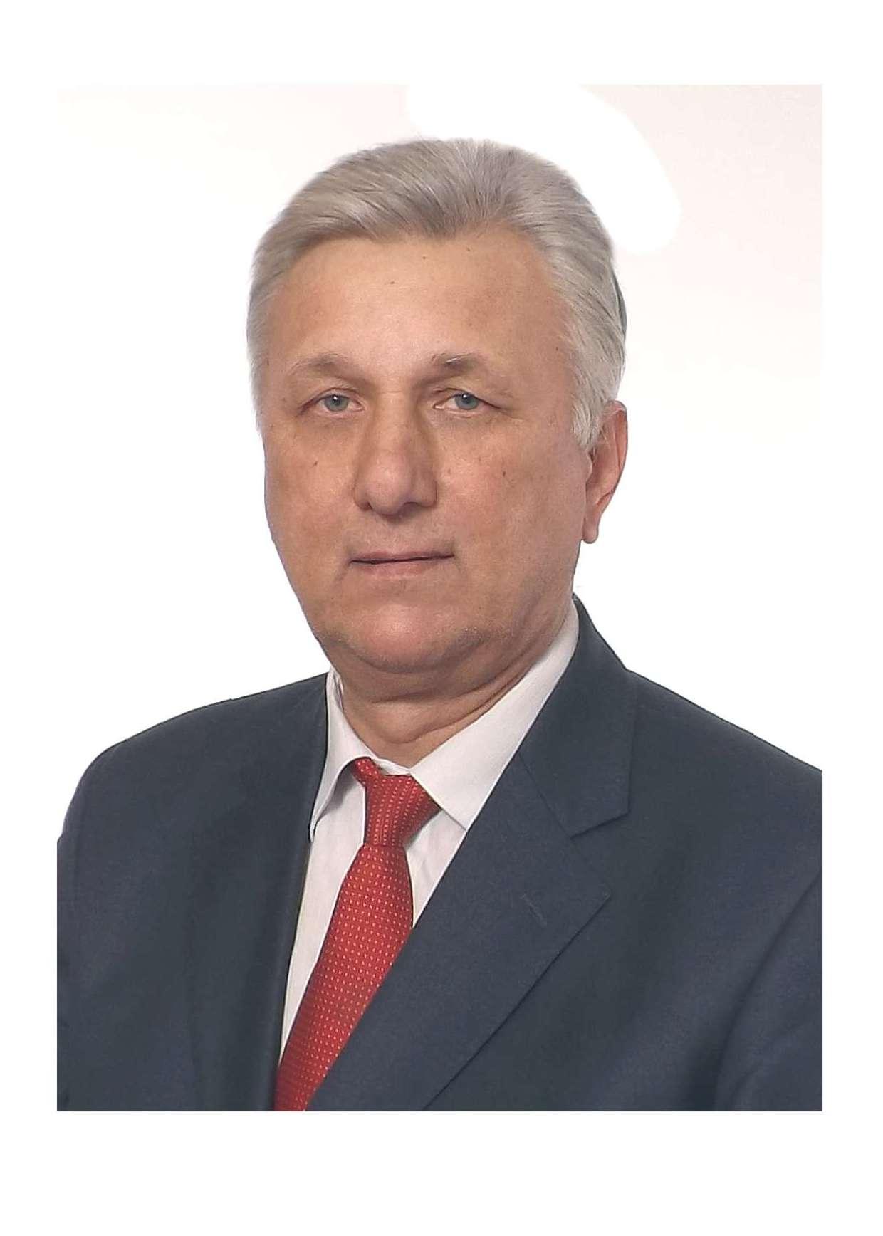 Лазарев Валерий Николаевич
