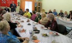 М.П. Леонтьев отчитался о проделанной работе перед Советом ветеранов города Протвино (27.04.2015)