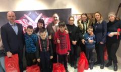 Дети из многодетных и приемных семей Дмитрова побывали в барбершопе благодаря инициативе Комсомола (20.02.2021)