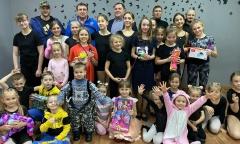 Ступинский депутат от КПРФ Игорь Колтыгин поздравил с победой юных танцоров (23.02.2021)