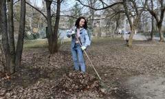 Дмитровские коммунисты приняли участие в городском субботнике (17.04.2021)