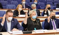 Коммунист Светлана Петрова стала единственным депутатом, проголосовавшим против административных махинаций в г. Королёве! (11.10.2021)
