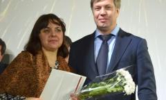 Алексей Русских поздравил женщин Луховицкого района (07.03.2016)
