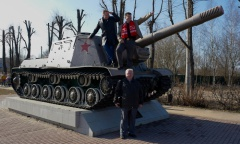 Александр Голуб и Денис Ахромкин встретились с жителями Красноармейска (08.04.2016)