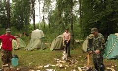 Алексей Русских посетил поисковый лагерь под Смоленском (01.08.2016)