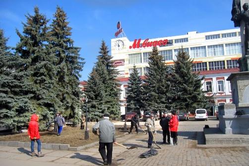 Субботник в Орехово-Зуево (28.03.2015)