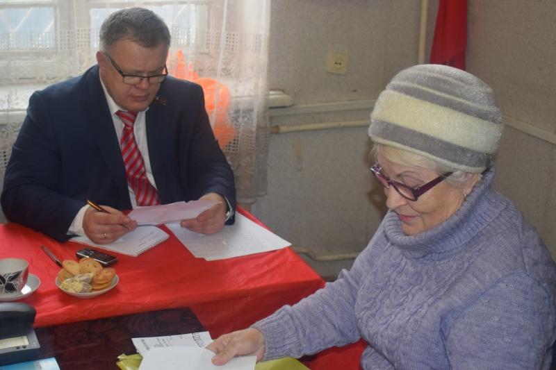 Депутат Московской областной Думы Александр Наумов провел прием граждан в городе Ступино (10.02.2017)