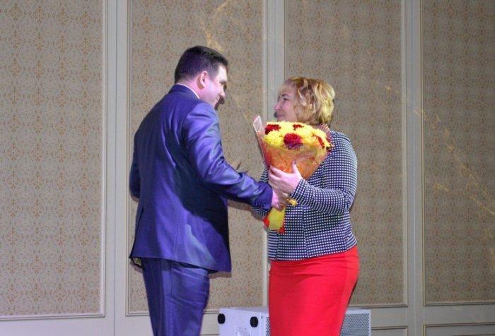 Серпуховской школе № 16 - 50 лет!