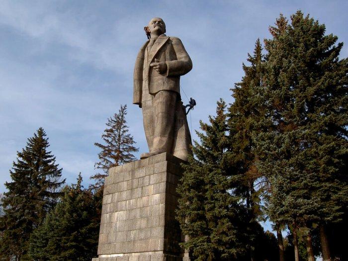 Дубна. Памятник Ленину под защиту!