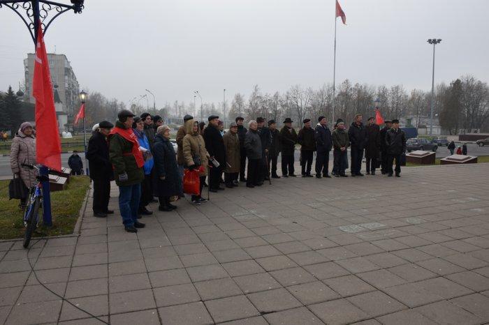 98-ая годовщина Великого Октября в Дзержинском