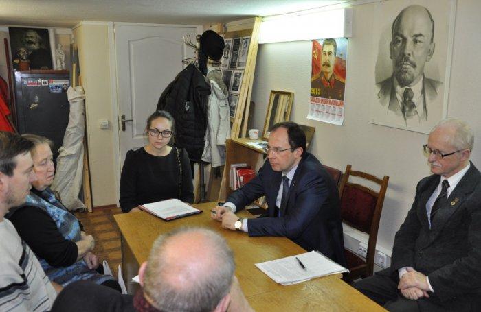 Дубна. Виталий Фёдоров выступил в защиту городской поликлиники