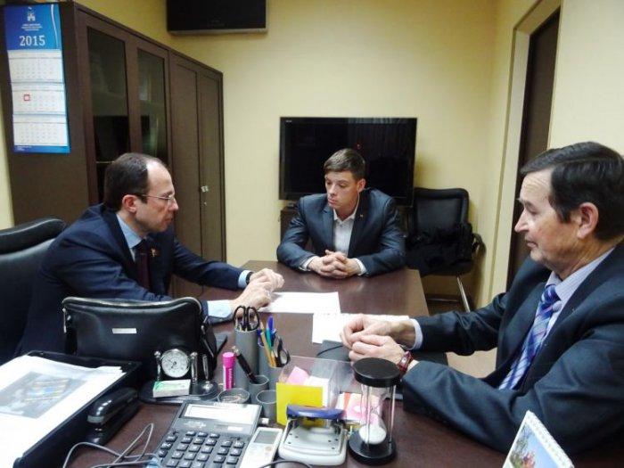 Депутат области выделит 100 тысяч на закупку спортинвентаря для спортсменов-инвалидов