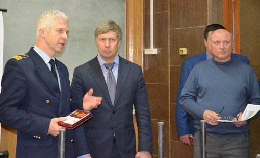А.Ю. Русских на встрече со студентами Авиационного колледжа: «В социальном государстве стипендии не могут быть ниже прожиточного минимума»