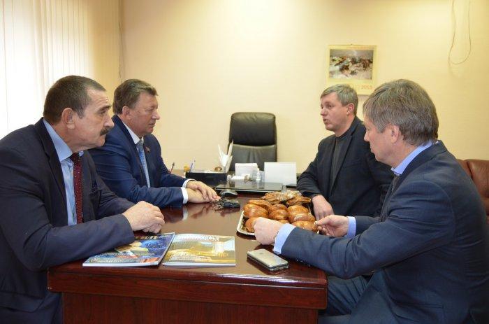Зампред ЦК КПРФ Владимир Кашин и депутат Госдумы Алексей Русских посетили Зарайский район