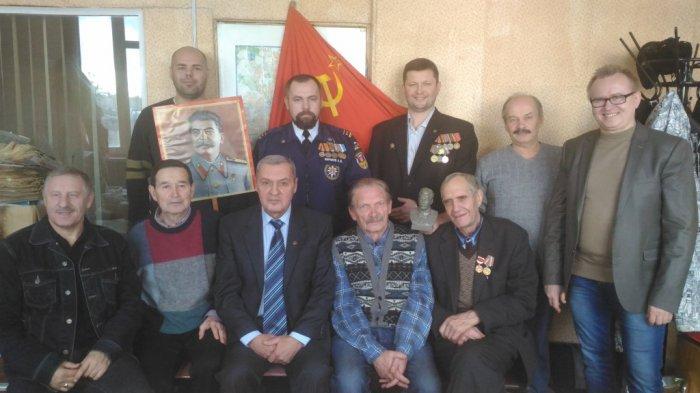 Сергиево-Посадские коммунисты поздравили спасателей!