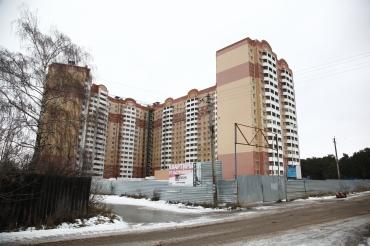 Обманутые дольщики нашли поддержку у депутата-коммуниста Госдумы Дмитрия Кононенко