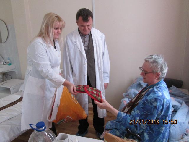 Коммунисты посетили Фряновскую больницу с акцией «Доброе сердце»