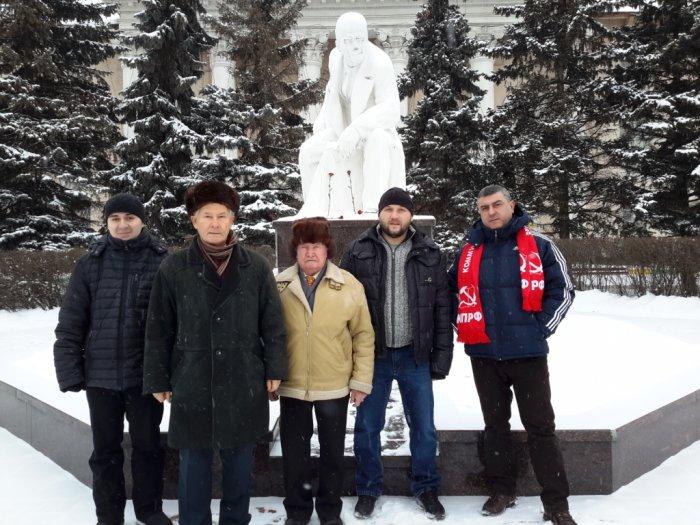 Коммунисты Ленинского района отметили 95-ую годовщину выступления В.И. Ленина в доме Шульгина