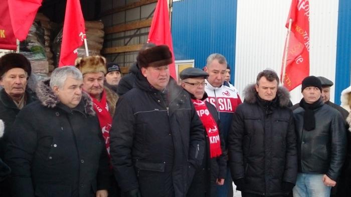 Выступление Владимира Кашина на отправке 49-го гуманитарного конвоя в Новороссию
