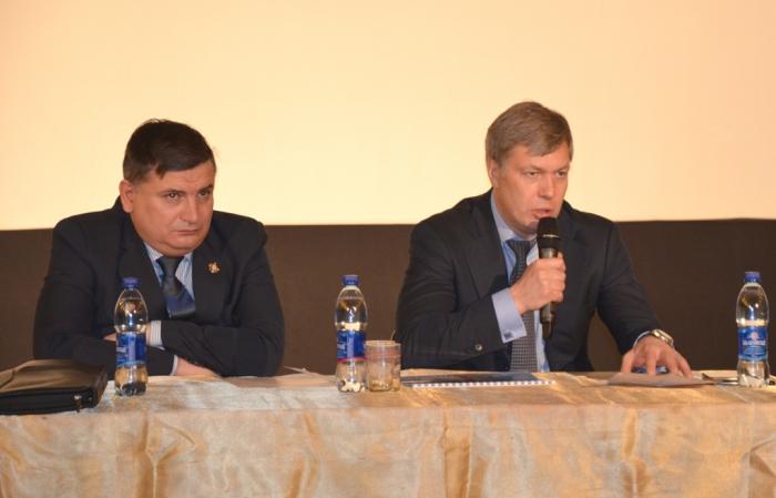 «Не обещать, а делать»: депутат Госдумы Алексей Русских встретился с жителями Воскресенского района