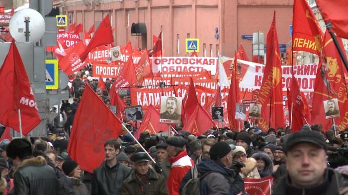 День Советской Армии и Военно-Морского флота -  Славный праздник Великой страны (видео)