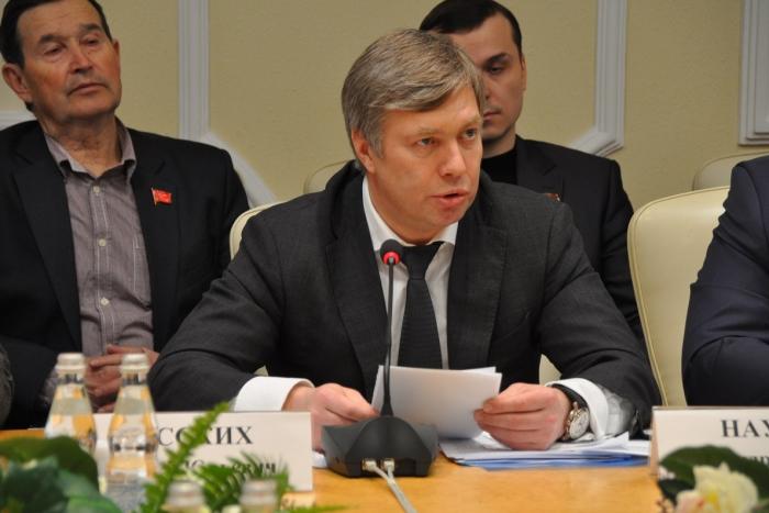 Алексей РУССКИХ: «Реализовать программу капремонта жилья без участия государства невозможно»