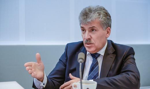 Павел Грудинин: Тепличный овощ грунтовому огурцу не конкурент