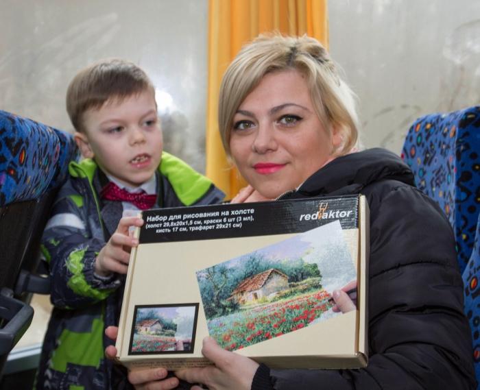 Дети из Фряново с помощью депутата-коммуниста отправились в киносказку