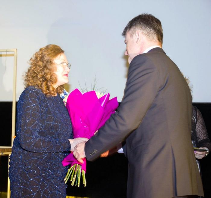Черноголовка. Депутат-коммунист поздравил черноголовский Академический народный хор с 45-летием