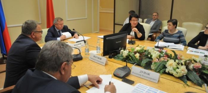 В Мособлдуме состоялся круглый стол на тему «Исполнение муниципальными районами вопросов местного значения, переданных от сельских поселений»