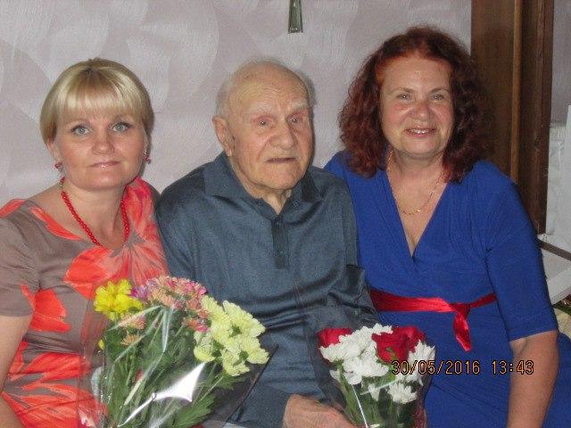 Ветеран из мкр. Чкаловский отметил свой 100-летний юбилей