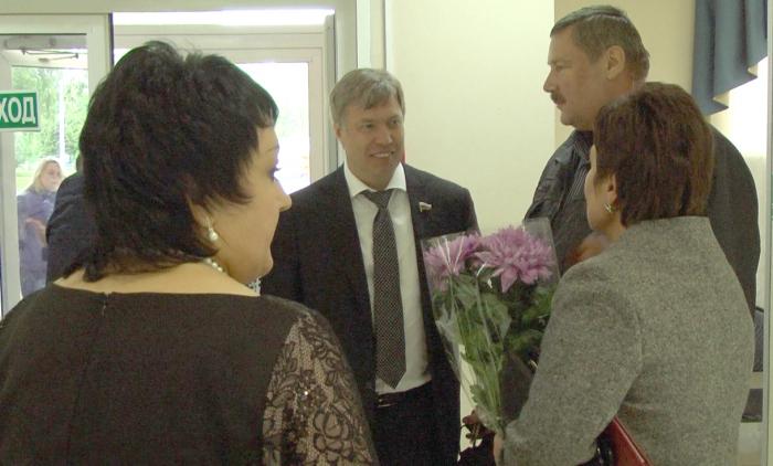 Алексей Русских наградил социальных работников Луховицкого района