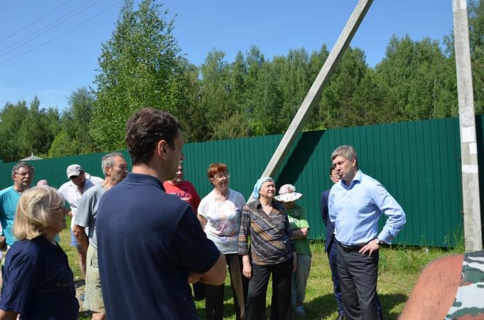 Заложники трубы. Депутат Русских спасает дачников Коломенского района