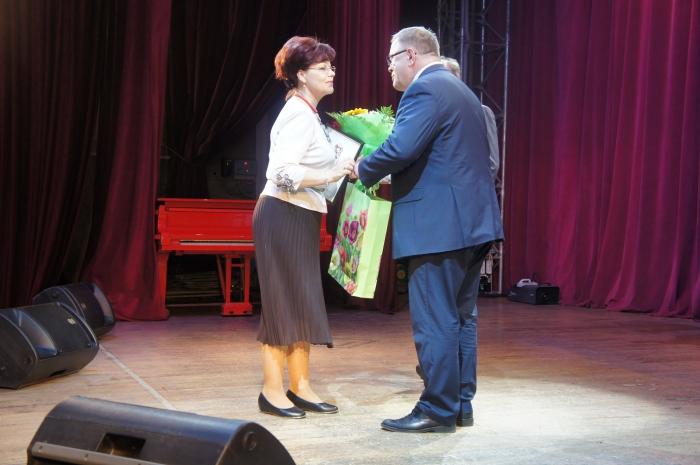 Александр Наумов принял участие в праздновании Дня социального работника в Домодедово