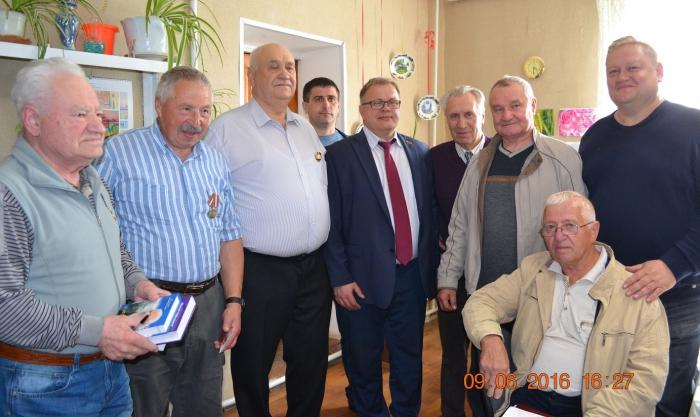 Неоценима помощь, которую оказывает КПРФ Юго-Востоку Украины