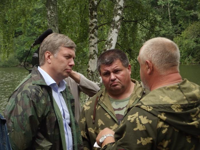 «Ельнинский прорыв - 2016»: депутат Госдумы Алексей Русских посетил поисковый лагерь под Смоленском