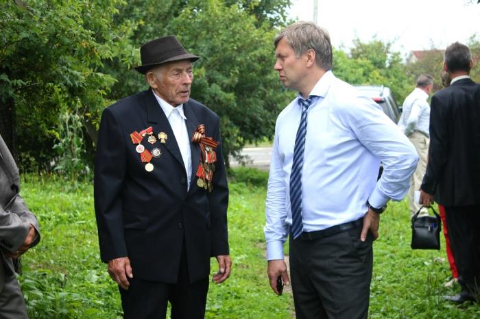«Дела сильнее слов»: Алексей Русских встретился с жителями городского округа Шаховская и Волоколамского района
