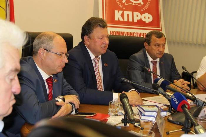 В.И. Кашин: Выборы в Госдуму для России - как бой под Москвой в 1941-м