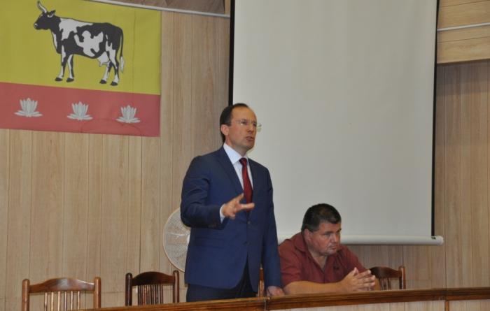 Красная Пойма. Виталий Фёдоров и Алексей Соколов провели встречи в аграрном поселке