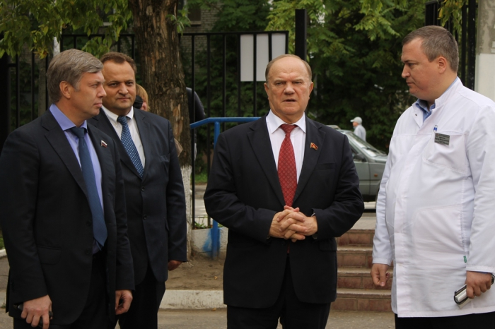 Лидер КПРФ Геннадий Зюганов совершает рабочую поездку в Подмосковье