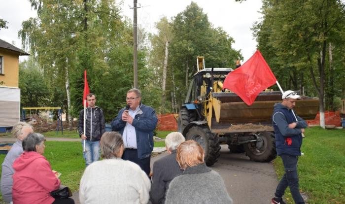 Встреча Александра Наумова с избирателям в Жилево Ступинского района