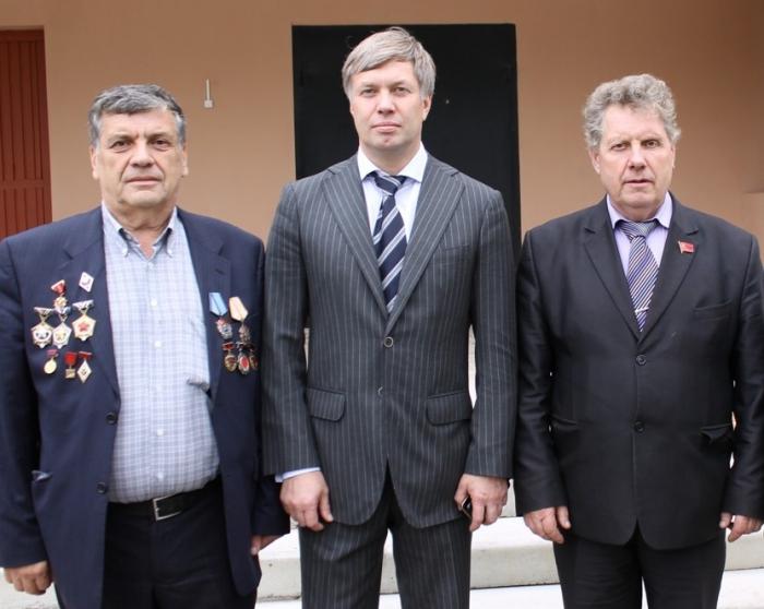 Шаховские коммунисты укрепляют свои ряды