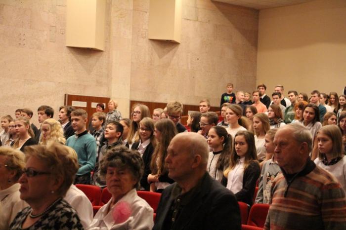 Василий Мельников поздравил ветеранов и жителей Пушкино и Фрязино с 75-летием битвы под Москвой