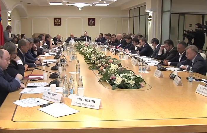 Александр Наумов: необходимо устранить лазейки в федеральном законе о местном самоуправлении