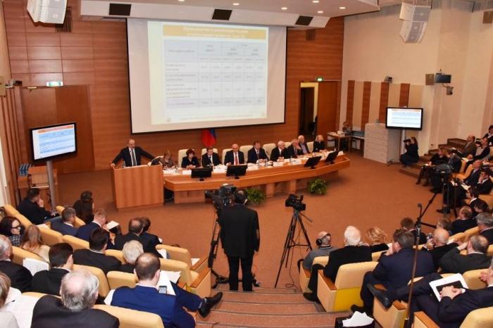 Коммунисты в Госдуме провели круглый стол по проблемам молочного животноводства