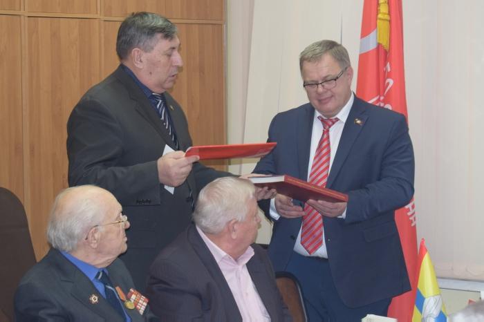 Александр Наумов поздравил ветеранов Домодедово с 75-летием разгрома немецко-фашистских войск под Москвой