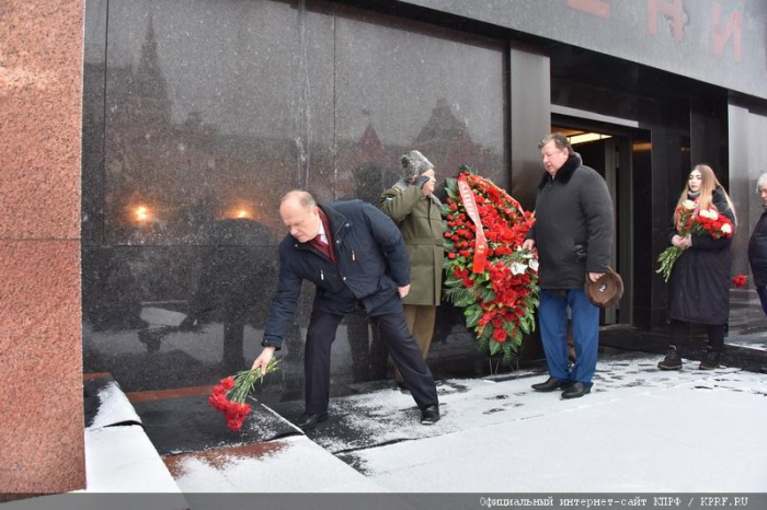 Г.А. Зюганов: Уверен, что уникальный опыт Сталинской эпохи будет изучаться новым поколением