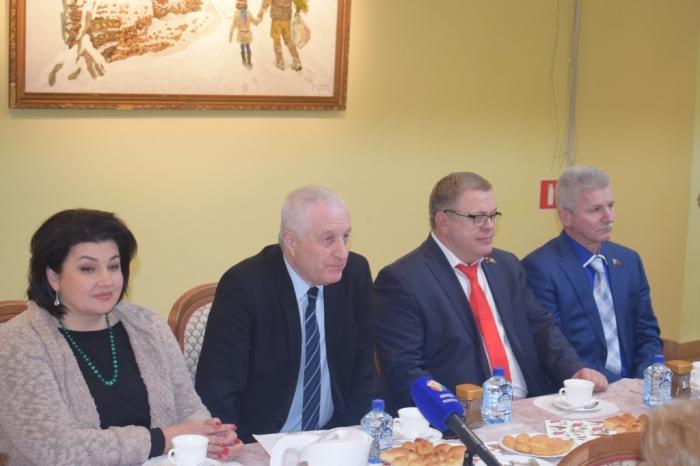 Александр Наумов поздравил коллектив Подольского информационного агентства с Днем российской печати