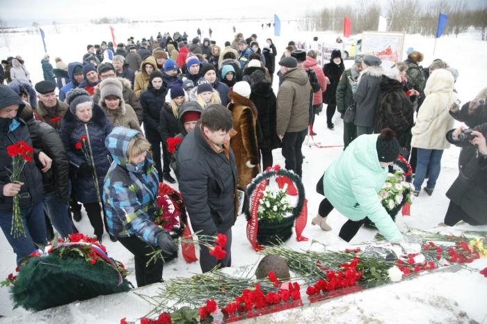 Депутат Госдумы Алексей Русских принял участие в открытие мемориального комплекса  в Лотошинском районе
