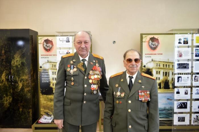 Ветераны войны, труда и военной службы посетили школьный музей Воинской славы
